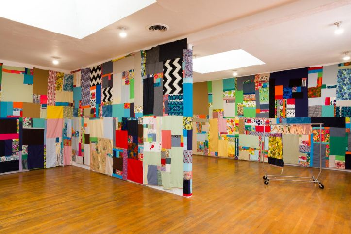 Jen Smith, Mother Cloth, installation view (week 1). Cotton, linen, old clothes, approx. 10 x 122 ft. Courtesy the artist and Commonwealth and Council. Photo Ruben Diaz.
