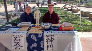 Art = Therapy demonstration with Mikio Kawasaki. Photo Credit Tomoko Tanuma.