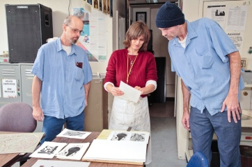 San Quentin Drawing Class. Photo Courtesy of California Lawyers for the Arts.