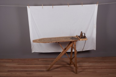 Betye Saar: Keeping it Clean. Craft and Folk Art Museum. Betye Saar, 2015. Museum De Domijnen, Sittard, NL.