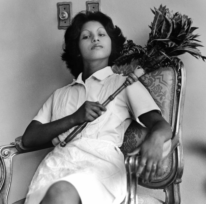 Radical Women: Latin American Art, 1960-1985, Hammer Museum, Los Angeles. Sandra Eleta (Panamanian, b. 1942), Edita (la del plumero), Panamá (Edita [the one with the feather duster], Panama), 1977, from the series La servidumbre (Servitude), 1978-79. Black-and-white photograph. 19 × 19 in. (48.3 × 48.3 cm). Courtesy of Galería Arteconsult S.A., Panama. ©the artist.