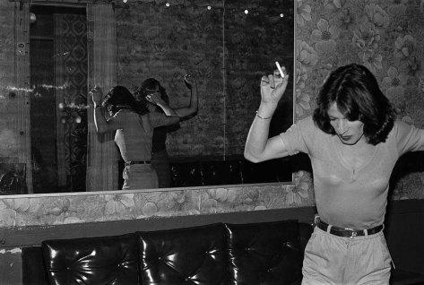 Radical Women: Latin American Art, 1960-1985, Hammer Museum, Los Angeles. Paz Errázuriz (Chilean, b. 1944), La Palmera (The palm tree), 1987, from the series La manzana de Adán (Adam's Apple), 1982-90. Gelatin silver print. 159/16 × 231/2 in. (39.5 × 59.7 cm). Courtesy of the artist and Galería AFA, Santiago. ©the artist.