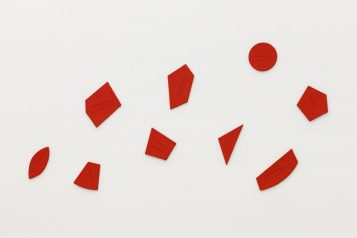 Lucio Fontana, Concetto Spaziale Quanta 1960, Museum für Moderne Kunst, Frankfurt, Germany; Image courtesy of the museum