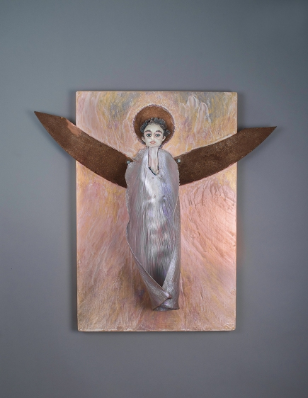 Chewies Angel, 2009- 2010, porcelain, mixed media, glaze, acrylic, Meditations on the Apocalyptic by Sierra Pecheur. Photo courtesy of the artist.