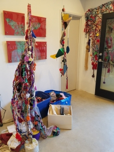 Making Lightly: A communal residency at Atche Art Space. Photo credit: Kristine Schomaker.