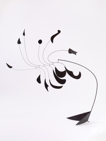 Installation view, 'Calder: Nonspace', Hauser & Wirth Los Angeles, 2018 © 2018 Calder Foundation, New York / Artists Rights Society (ARS), New York Photo Courtesy of Calder Foundation New York / Art Resource, New York and Hauser & Wirth Photo: Fredrik Nilsen