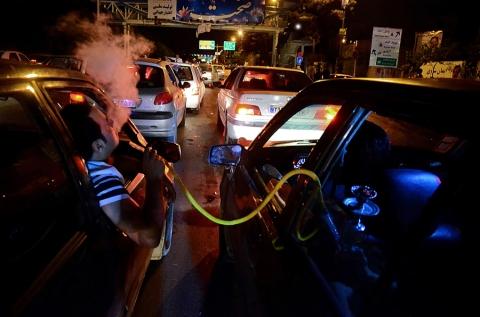 Hamed Kolahchian Tabrizi, Smoking Machine, Focus Iran 3, Craft Contemporary; Image courtesy of the artist