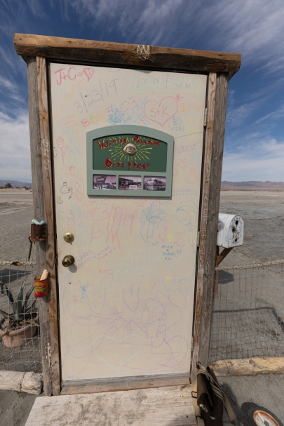 Keith Jones and Lee Henderson, The Open House, Bombay Beach Biennale; Photo credit Jack Burke
