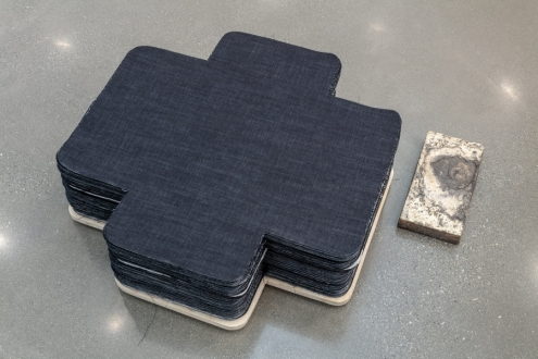 Denim Cross with Plynth for Sacred Gifts © Theaster Gates, Courtesy Regen Projects, Los Angeles