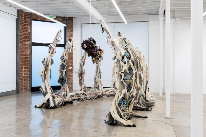 Alicia Piller, _Across the wasteland, a twisted melody. Matter and spirit,_ (side view 1) Lowell Ryan Projects, photo courtesy of Ruben Diaz